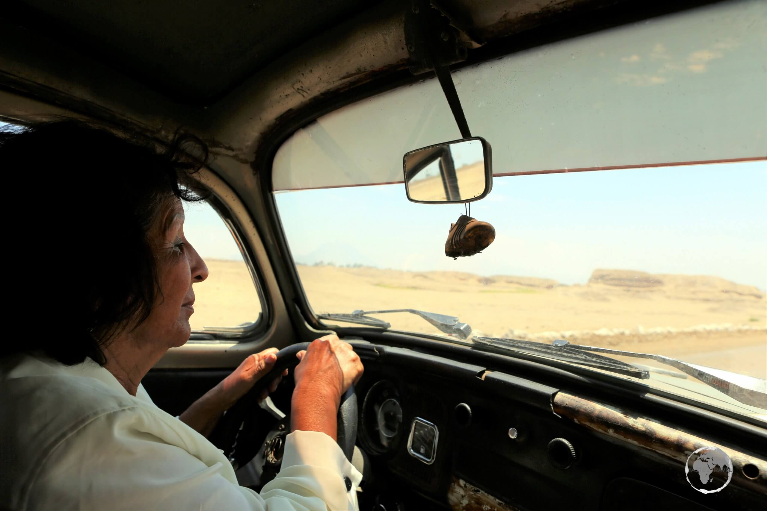 Touring the Moche ruin sites of Trujillo with my local guide Sonia, in her trusty VW, which was also a relic!