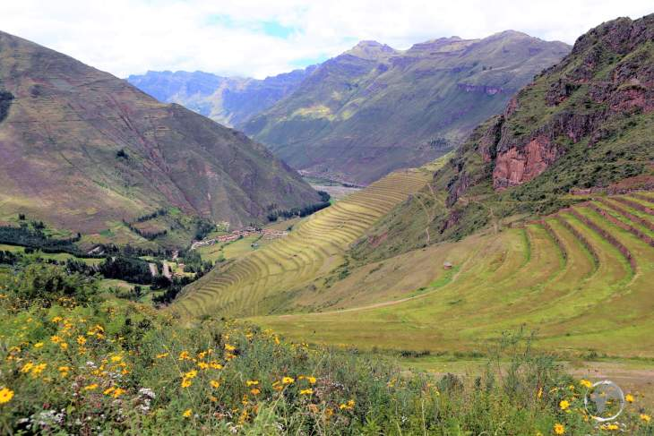 A panoramic view of the Inca-built terraces at Pisac, which lie at varying elevations between 3,446 metres (11,306 ft) and 3,514 metres (11,529 ft).