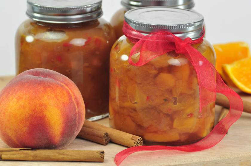 spicy_peach_chutney_