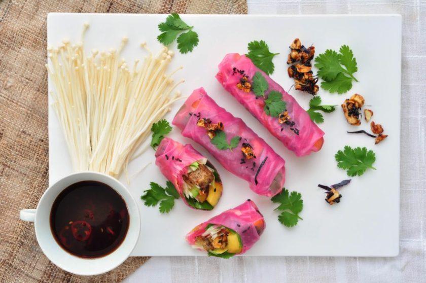 Pink_ricepaper_rolls_with_tamarind_dip_and_cashew_furikake_2