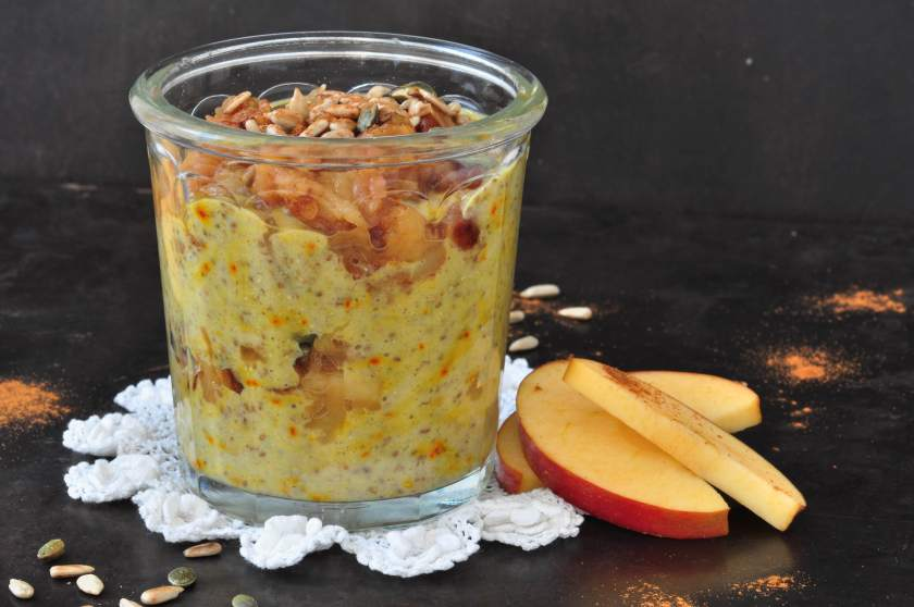 Chiapudding_with_saffron_and_warm_apples_3