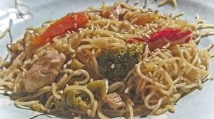 Chicken vegetable Lo-mein