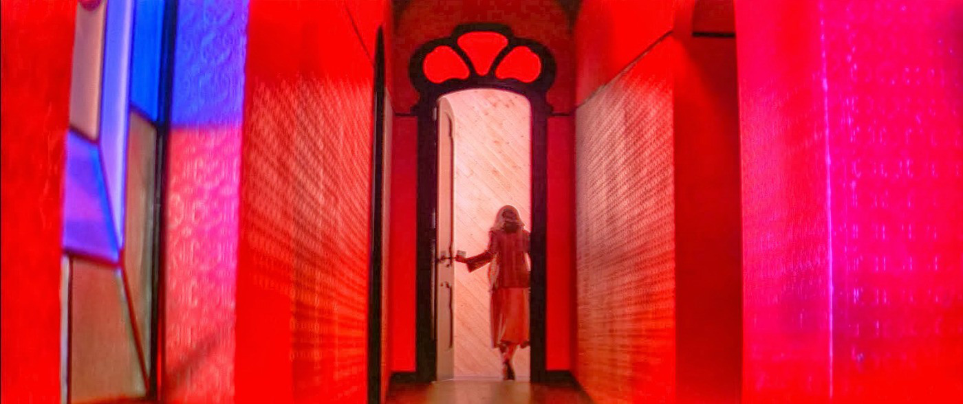 Suspiria - Tüm Zamanların En İyi 13 Sanatsal Korku Filmi