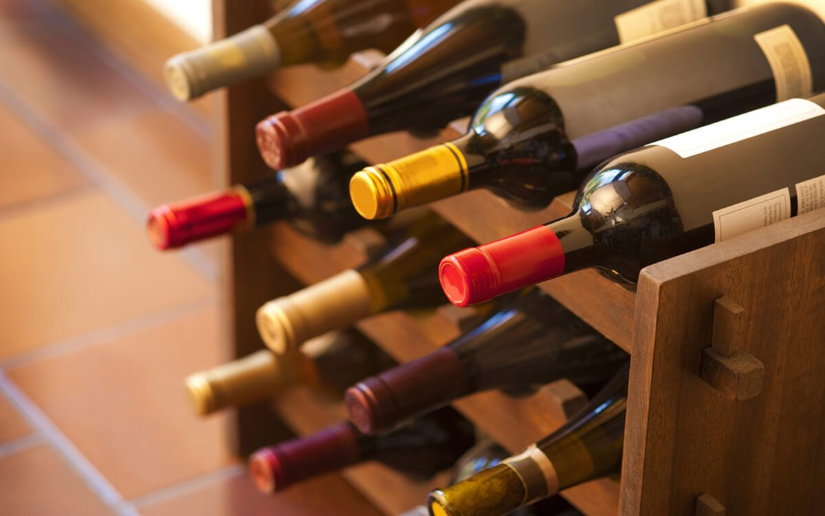 how to store wine at home the right way