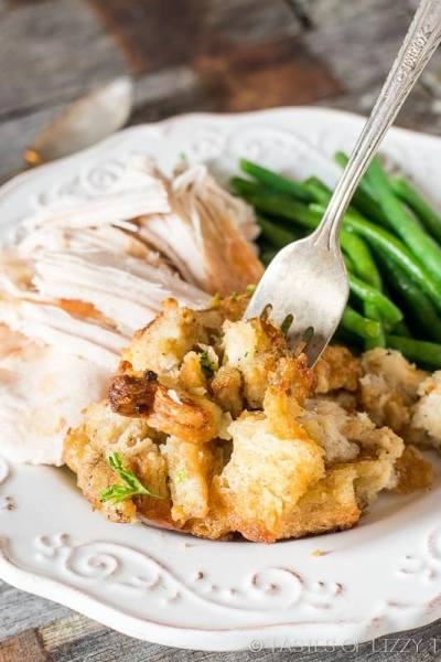 Grandma's Thanksgiving Turkey Stuffing