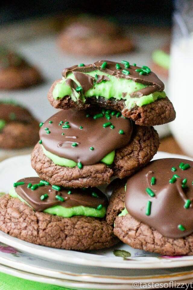 peppermint-patty-brownie-cookies-easy-cookie-recipe