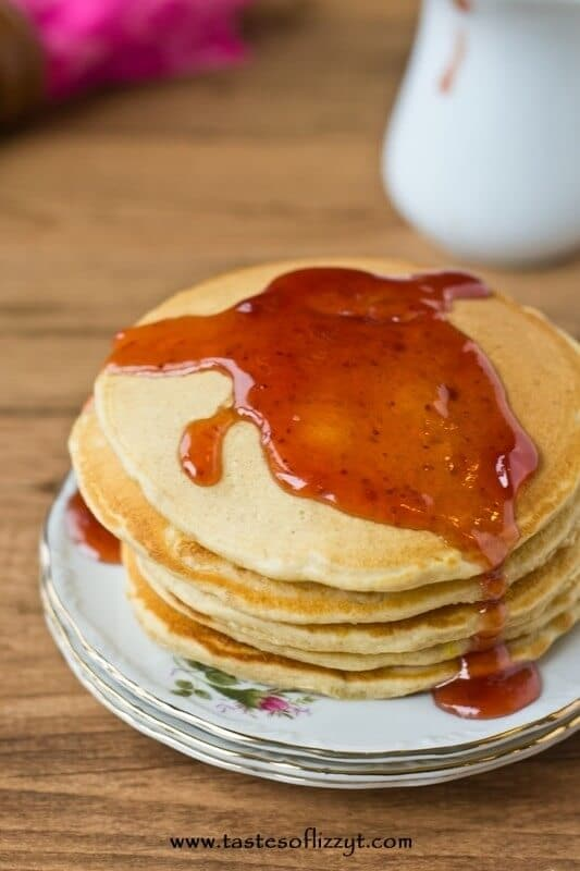 Peanut Butter and Jelly Pancakes The classic sandwich in yummy pancake form!