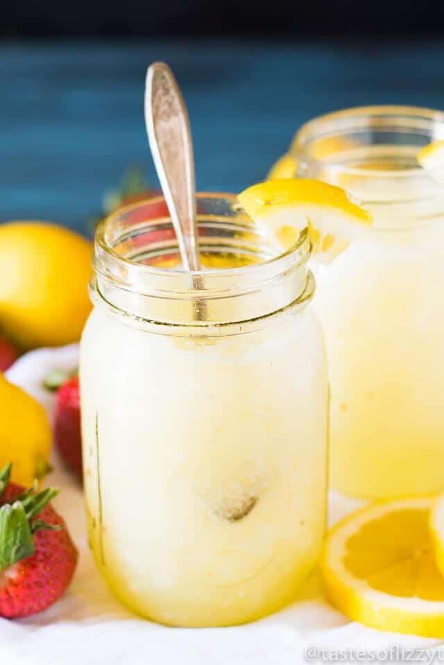 easy-frozen-lemonade-drink