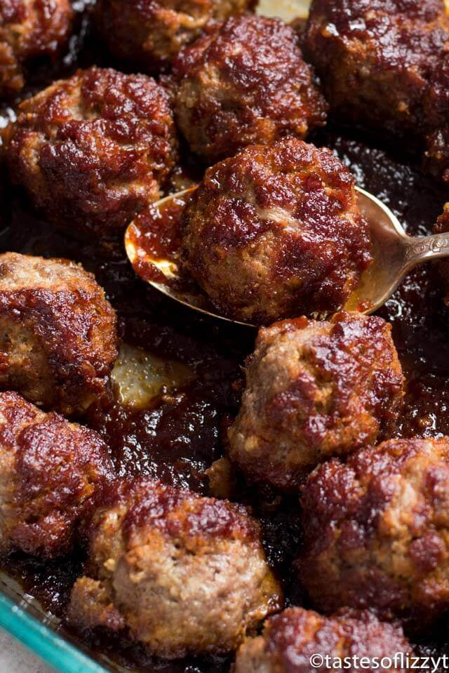 Baked Meatballs in Molasses and Chili Sauce