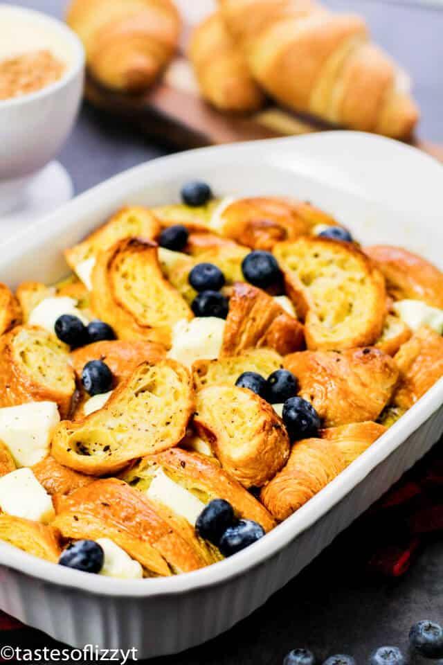 easy breakfast casserole with eggnog
