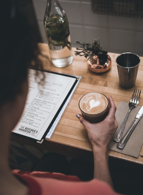 How to Eat Vegan at Restaurants