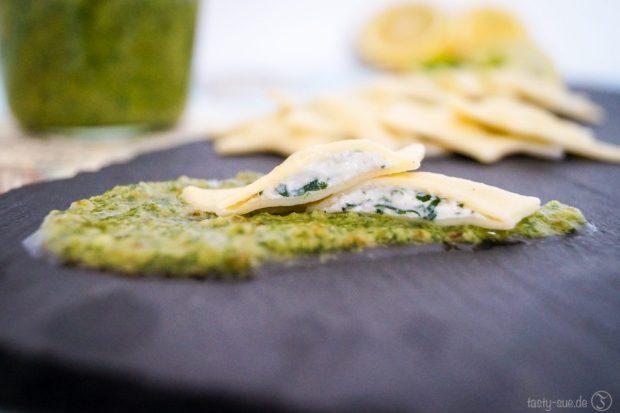 Ricotta-Spinat-Ravioli