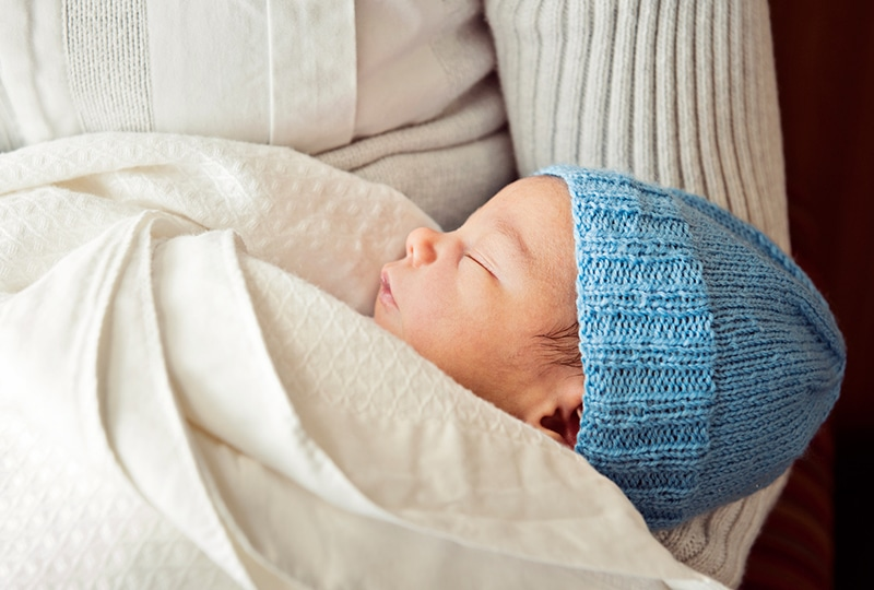 Tips for keeping a newborn healthy during the holidays