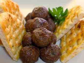 Αφράτα κεφτεδάκια τηγανητά συνταγή-Κεφτέδες τηγανητοί-2