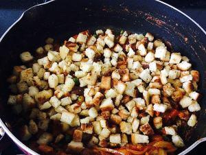 IMG_9388-300x226 Indian Panzanella salad/Bread upma