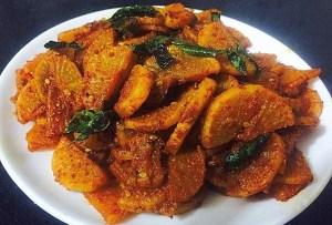 IMG_0645-300x203 Stir Fried White Radish (Sukhi Mooli ki Subji / Mullangi Poriyal)