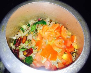 IMG_0124-300x240 Green gram lentil soup/Moong dal tiffin sambar/Siruparuppu Sambar