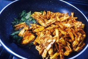 IMG_1932-300x201 Stir Fried Colocasia/Arbi Fry/Cheppankilanku Vadhakkal