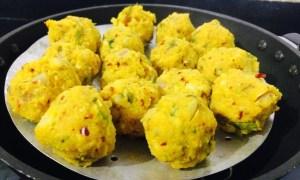 IMG_2633-300x180 Steamed Lentil Balls in Gravy/Paruppu Urundai Kolambu