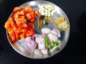IMG_4068-300x225 Aloo Lauki Subzi/Potato Bottle Gourd Gravy