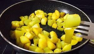 IMG_4074-300x174 Aloo Lauki Subzi/Potato Bottle Gourd Gravy