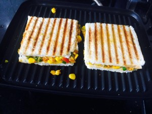 IMG_4093-300x225 Sweet Corn Paneer Sandwich/Cottage Cheese Sandwich with Sweet Corn