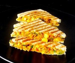 IMG_4094-300x251 Sweet Corn Paneer Sandwich/Cottage Cheese Sandwich with Sweet Corn