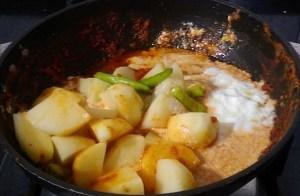 IMG_7924-300x196 Bengali Potato Curry
