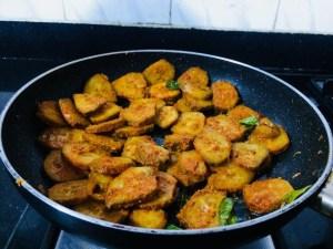 IMG_8347-300x225 Spicy Raw Banana Fry/Vazhakkai Varuval