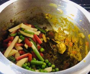 JRRY9704-300x245 Tamil Nadu Vegetable Biryani