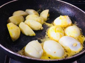 ECFM4078-300x222 Dim Kosha (Bengali Egg Curry)