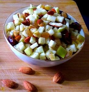 UCAK2691-1-292x300 Apple and Almond Salad