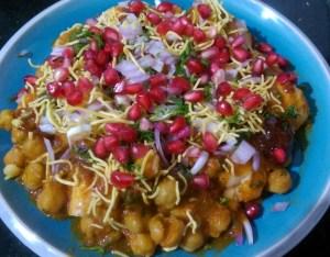YDUI5660-1-300x234 Chole Dhabal