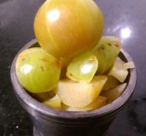 SYZU3104-300x280 Indian Gooseberry (Amla) Chutney / Nellikai Chutney