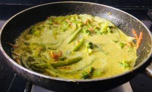 BDHS2486-300x181 Thai Green Curry Pasta