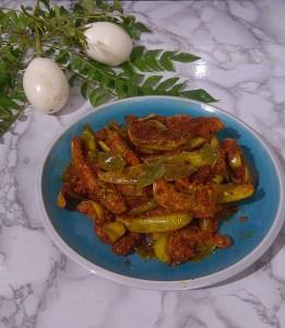 KXBV3320-261x300 Spicy Egg Plant Dry Dish/Baingan Fry/Kathirikai Vadhakkal
