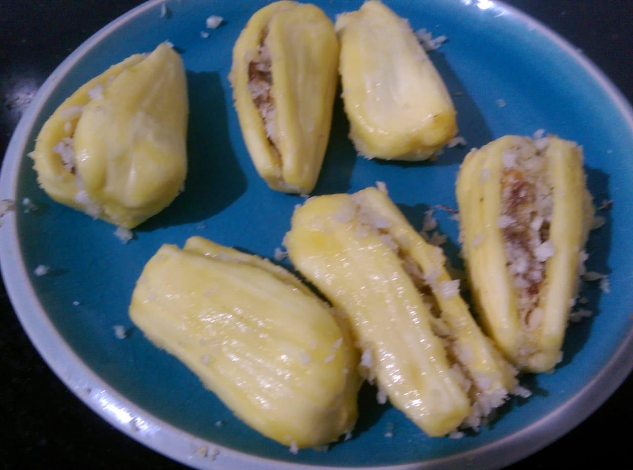 Stuffed Jackfruit FrittersStuffed Chakka PoriStuffed Jack