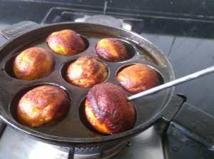JUKC4796-300x223 Chakka Unniyappam/Jackfruit Unniyappam
