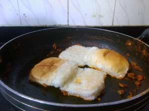 SKSP4401-300x223 Masala Pav (Mumbai Street Food)