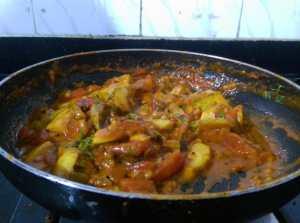 TESJ5906-300x223 Easy Peasy Guava Tomato Curry/Amrood Ki Sabzi