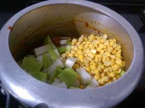 JEKK3541-300x223 Bottle Gourd Lentil Curry/Lauki Channa Dal Ki Subzi