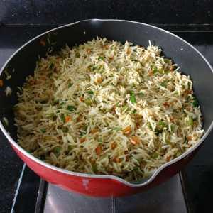 POXZ0368-1-300x300 Burnt Garlic Fried Rice/Indo Chinese Fried Rice/Burnt Garlic Veg Fried Rice