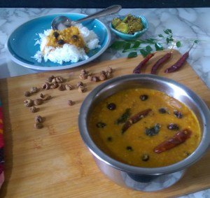 LKCO6678-300x283 Dried Turkey Berry in Lentil Gravy/Sundakkai Vathal Sambar