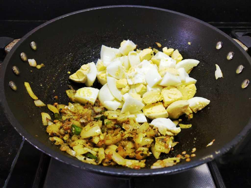 AAYE2155-1024x768 Boiled Egg Stir Fry/Muttai Poriyal