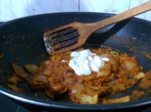 GBMK6443-300x223 Stir fried Okra in Onion Dry Curry/ Bhindi Do Pyasa