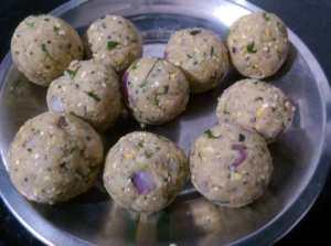 HVGR4146-300x223 Jackfruit Seed Dumpling in Gravy/ Palakottai Urulai Kulambu