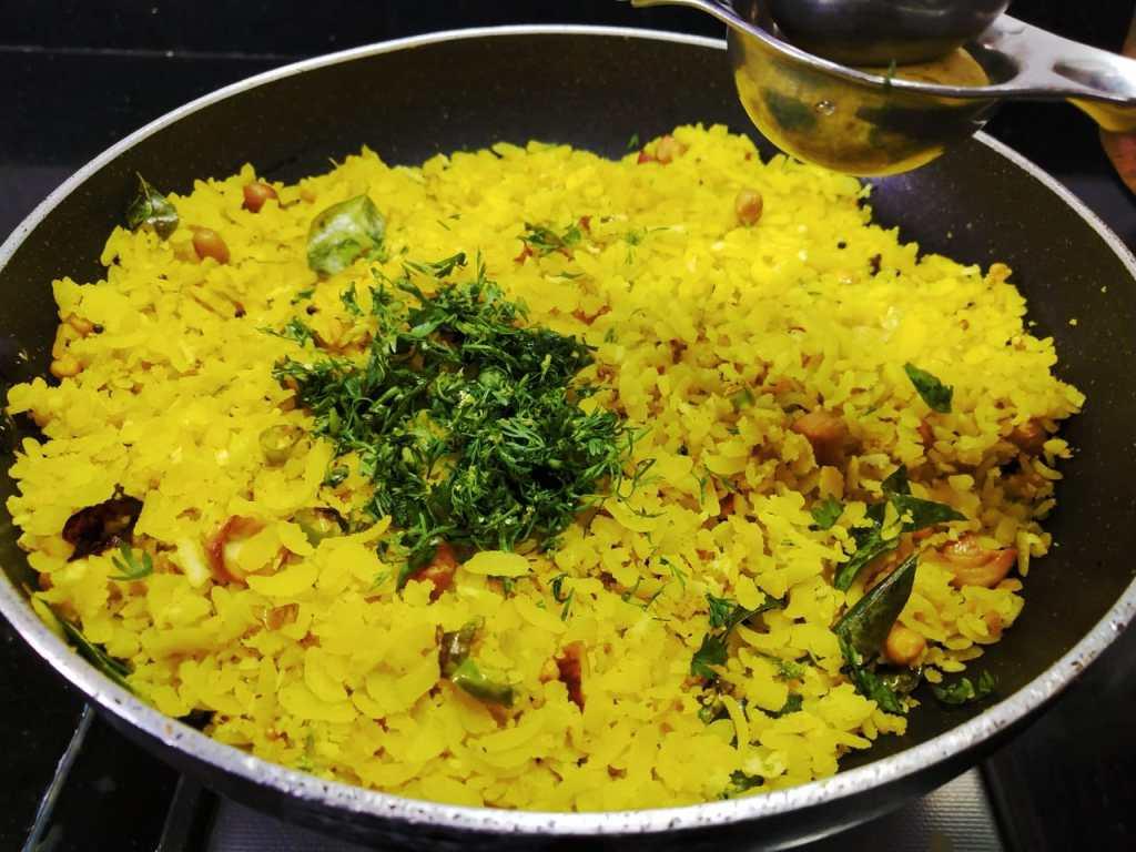 IFBO3057-1024x768 Lemon Poha/ Lemony Flatted Rice/Elumichai Aval