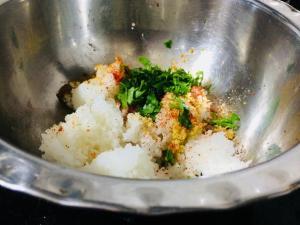IKUW4058-300x225 Roti with left over rice
