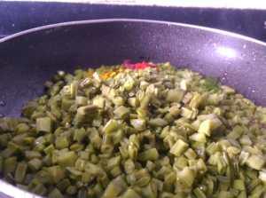 INTE6697-300x223 Cluster Beans Lentil Curry/ Gawar Phali Dal Curry/ Kothavarangai Paruppu Usili