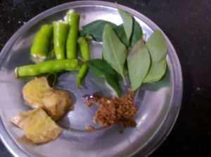 LNMV5281-300x223 Jackfruit Seed Dumpling in Gravy/ Palakottai Urulai Kulambu